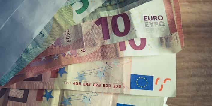 Geld Finanzen Euro Sorgen Abstieg