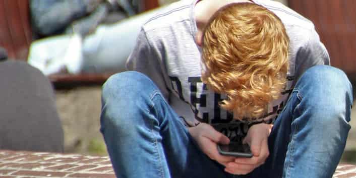Jugend Pubertät Depressiv Sucht Alter