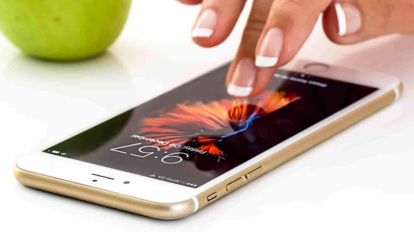 doku-reportage-spieltrieb-mobile-gaming-bildung
