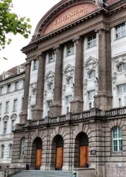 Für ein Psychologie-Studium in Österreich muss man einen Aufnahmetest (Aufnahmeverfahren) ablegen