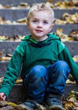 Wer ein Kind adoptieren möchte, benötigt in Österreicht ein psychologisches Gutachten.